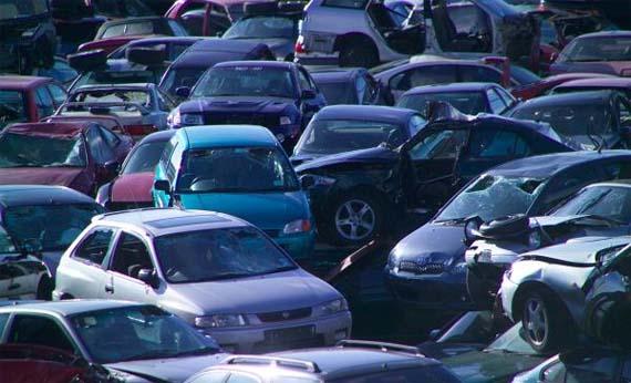 ¿Tiene garantía la reparación de un coche con piezas de desguace?