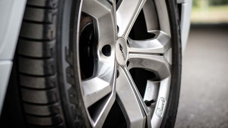 Cómo mantener los neumáticos