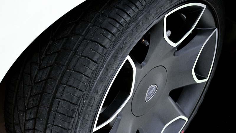Cómo cuidar los neumáticos del coche