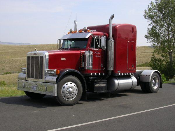 camion rojo
