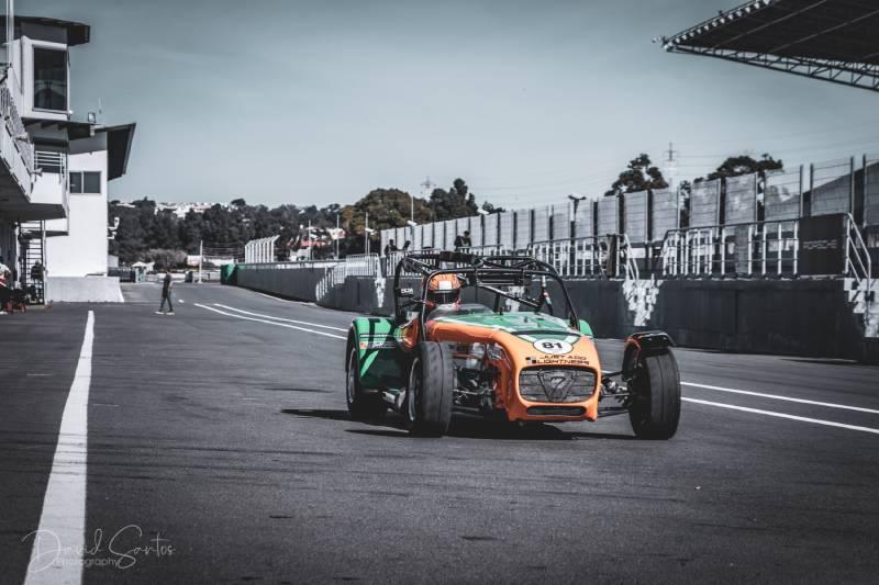"""DyP patrocina el equipo BCM Motorsport: """"El Espíritu Seven"""" en los mejores circuitos"""